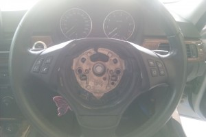 BMW E90 ステアリングセンサー交換   BMW修理 豊田市 藤井自動車