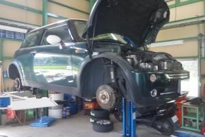 BMWミニ 板金塗装 & 1年点検     板金塗装 豊田市 藤井自動車
