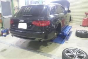アウディS4車検 ワーゲン車検や修理など