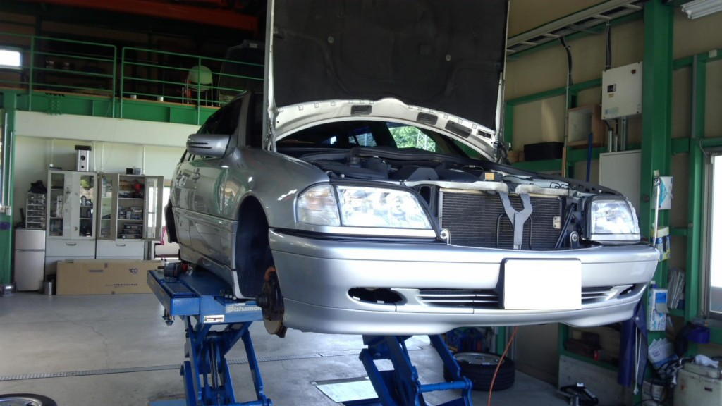 ベンツW202車検 W203エンジン不調 BMW1シリーズ車検などなど      ベンツ修理 豊田市