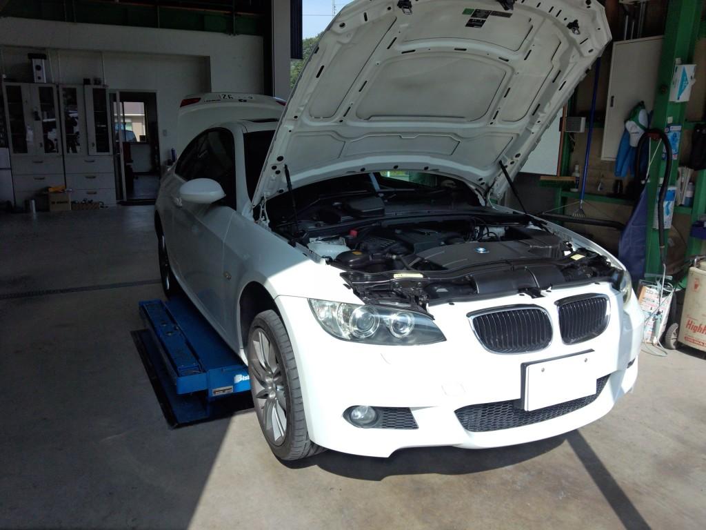 BMW E92ブレーキパッド交換(持ち込み) E87 リプログラミング         豊田市 BMW修理