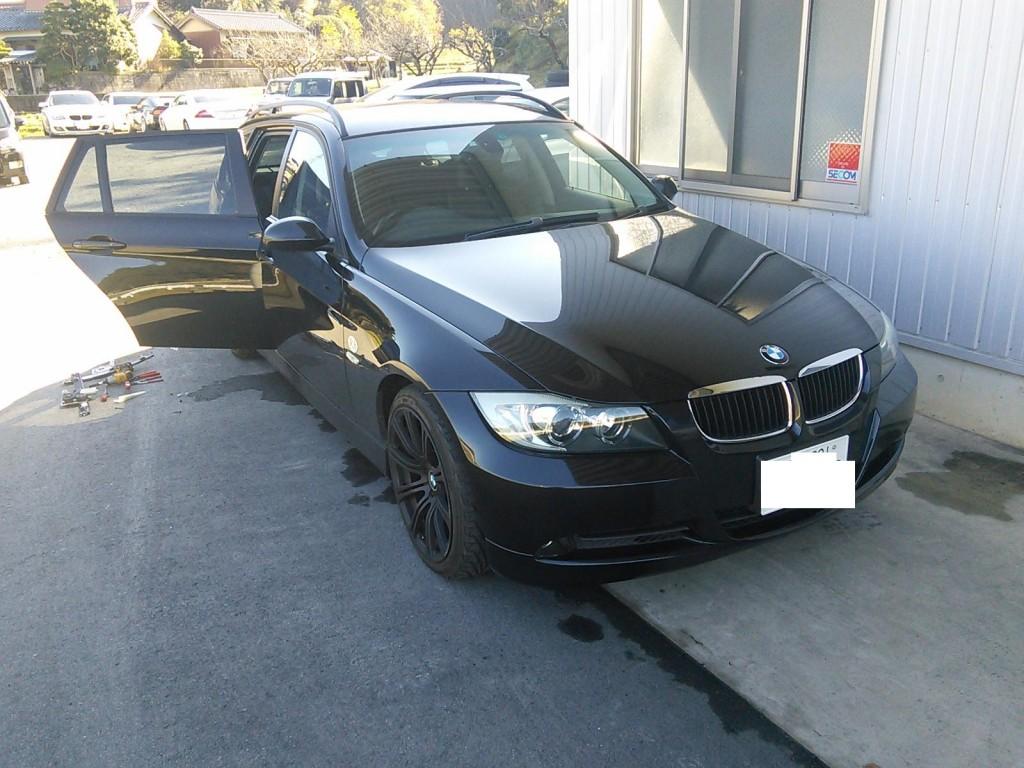 BMW E91 ガラス脱落 パワーウィンドウ初期化 AUTELマキシスにて       BMW修理 豊田市