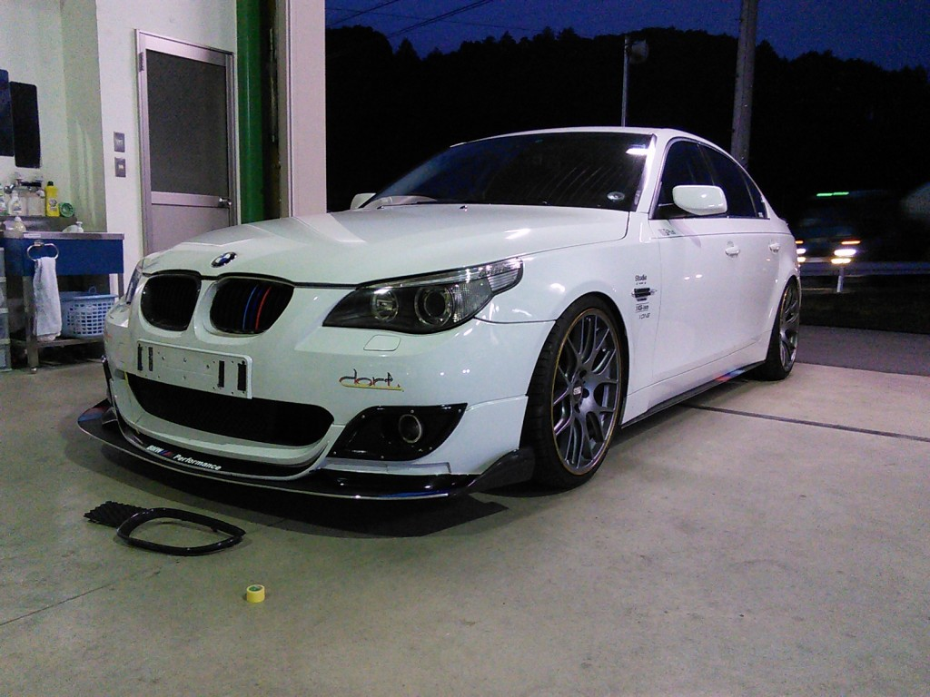 BMW  5シリーズ  エアロ バンパー修理  外車 板金塗装  豊田市