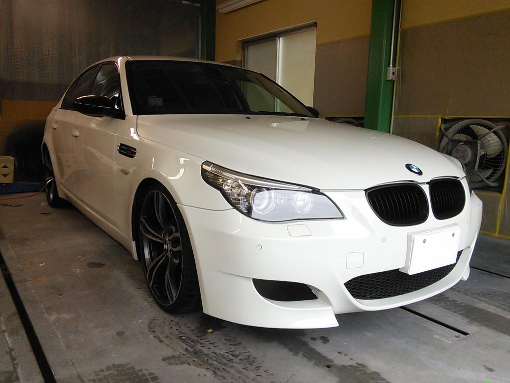 BMW E60 M5ミラーに変更&塗装 デイライトコーディング コーナーセンサー無効化など    BMWコーディング