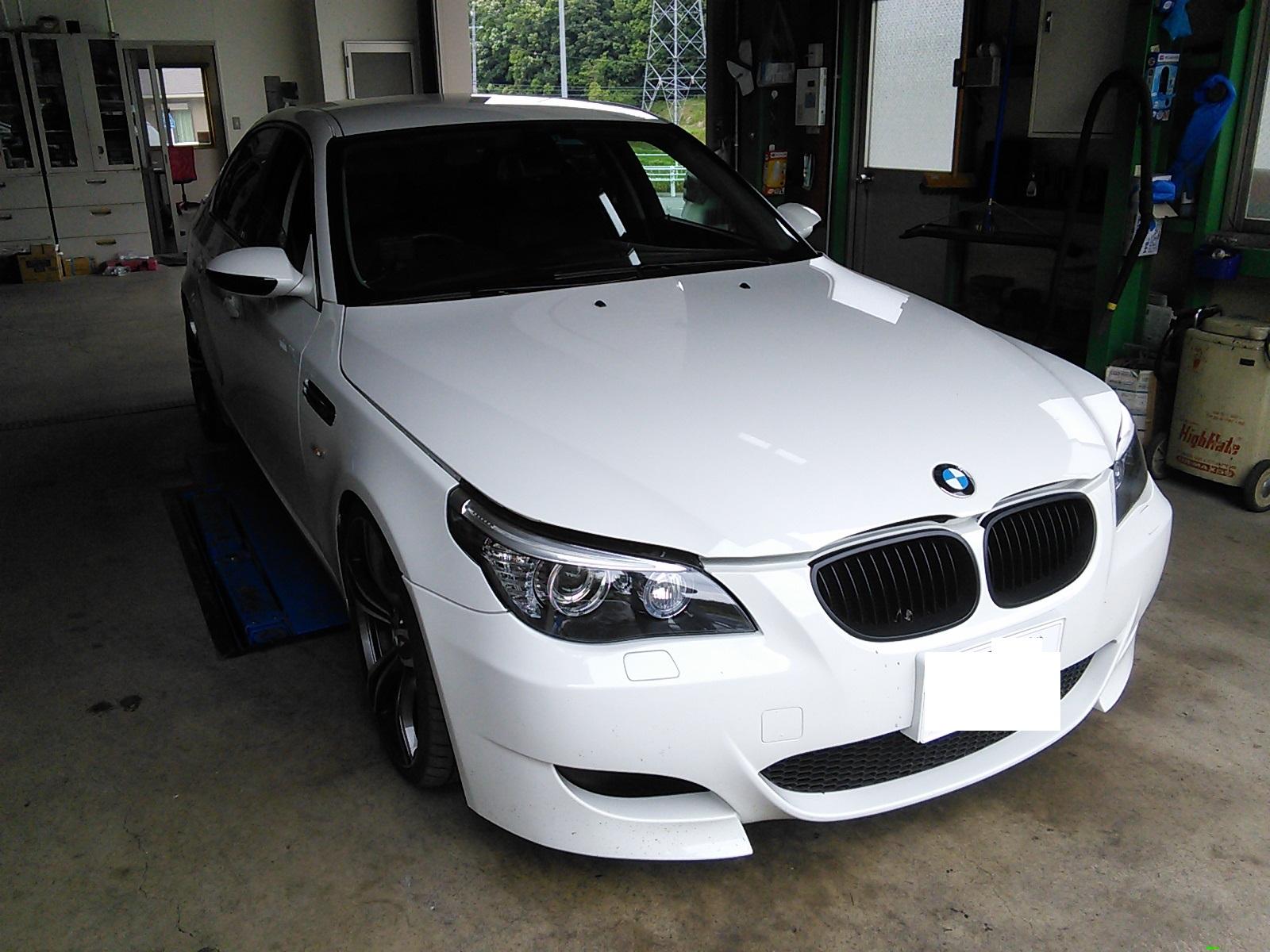 BMW車検 車検時は診断機にて簡易点検まで行ってます