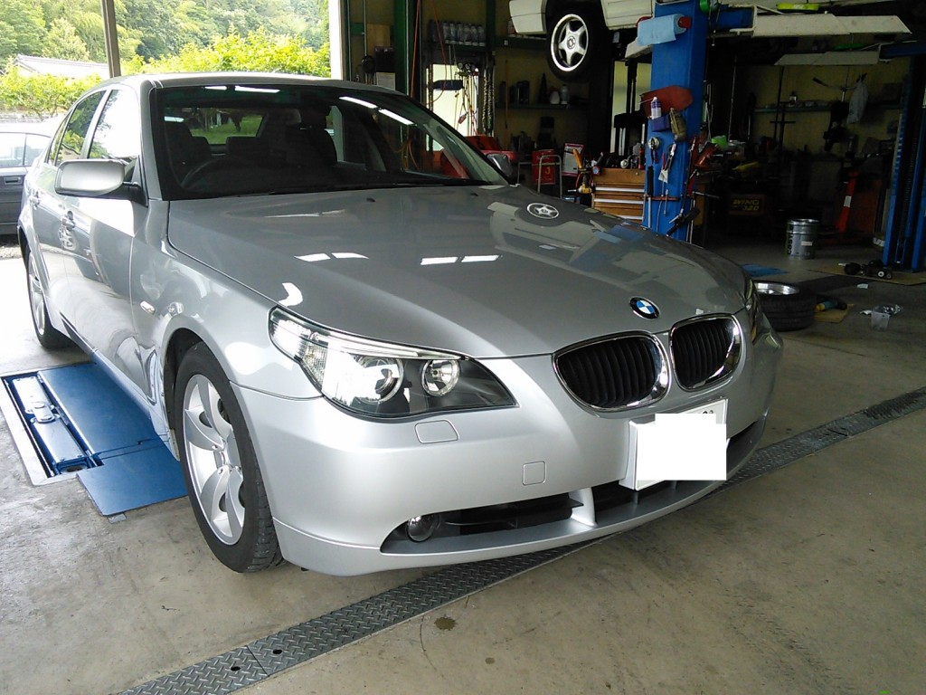 BMW車検 低ダストパッド交換 そのほかいろいろ        豊田市 BMW車検