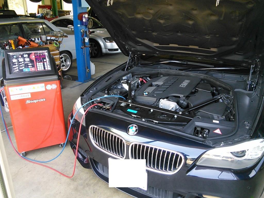 BMW F11 車検&エアコン施工&DVD視聴コーディング レクサスエアコン施工