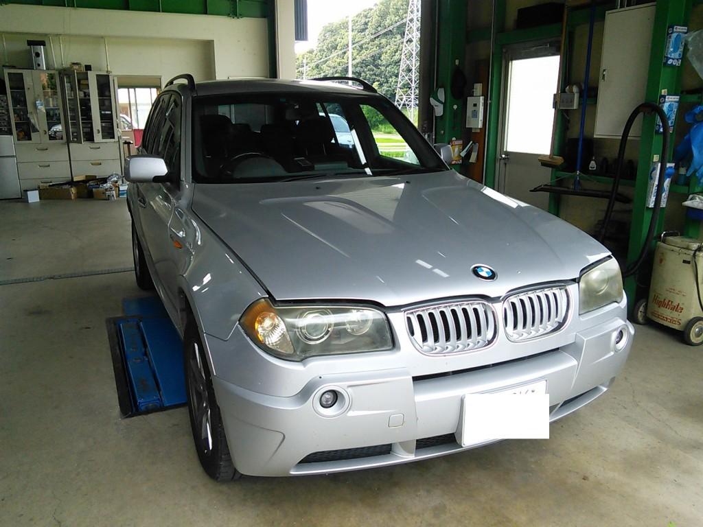 BMW X3 エアコン修理 コンプレッサー焼き付き 配管洗浄
