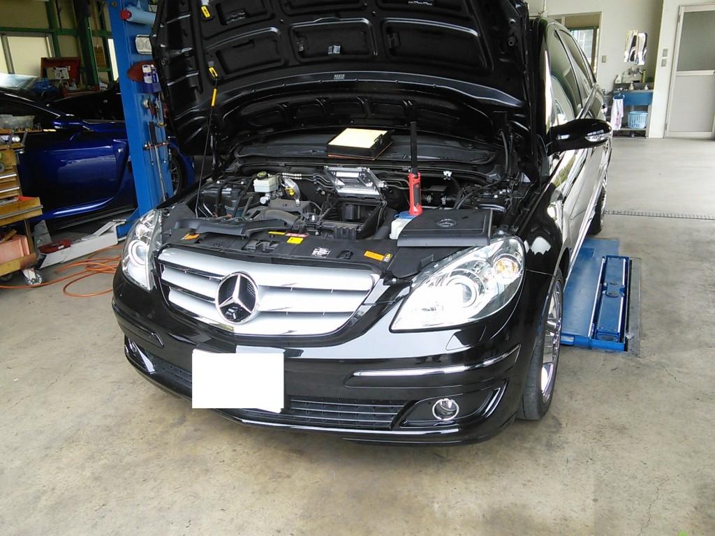 ベンツ B200車検整備            ベンツ 修理 車検
