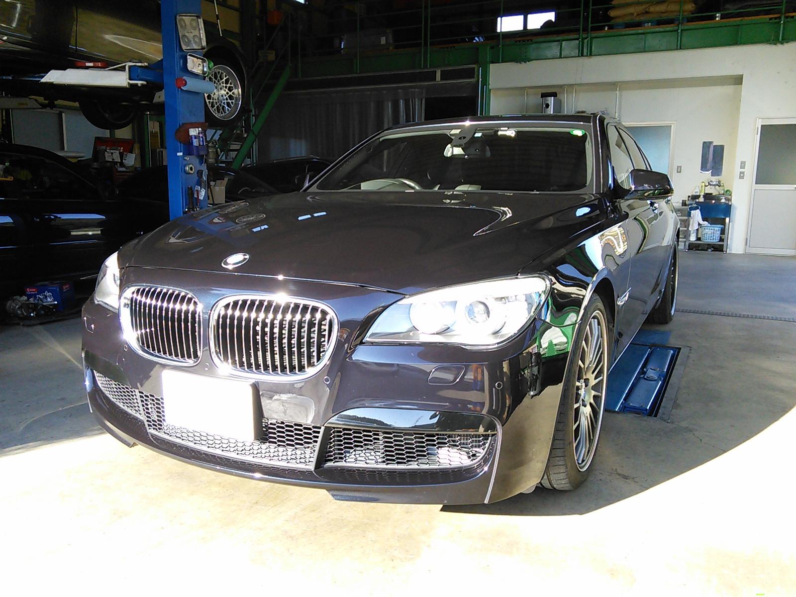 BMW バッテリ交換後は登録が必要です