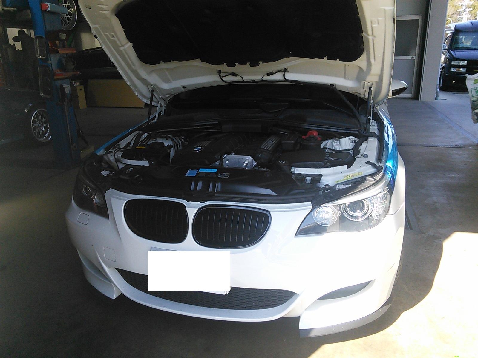 BMW E60 エンジン冷間時 タペット音大きい 異音の動画あり