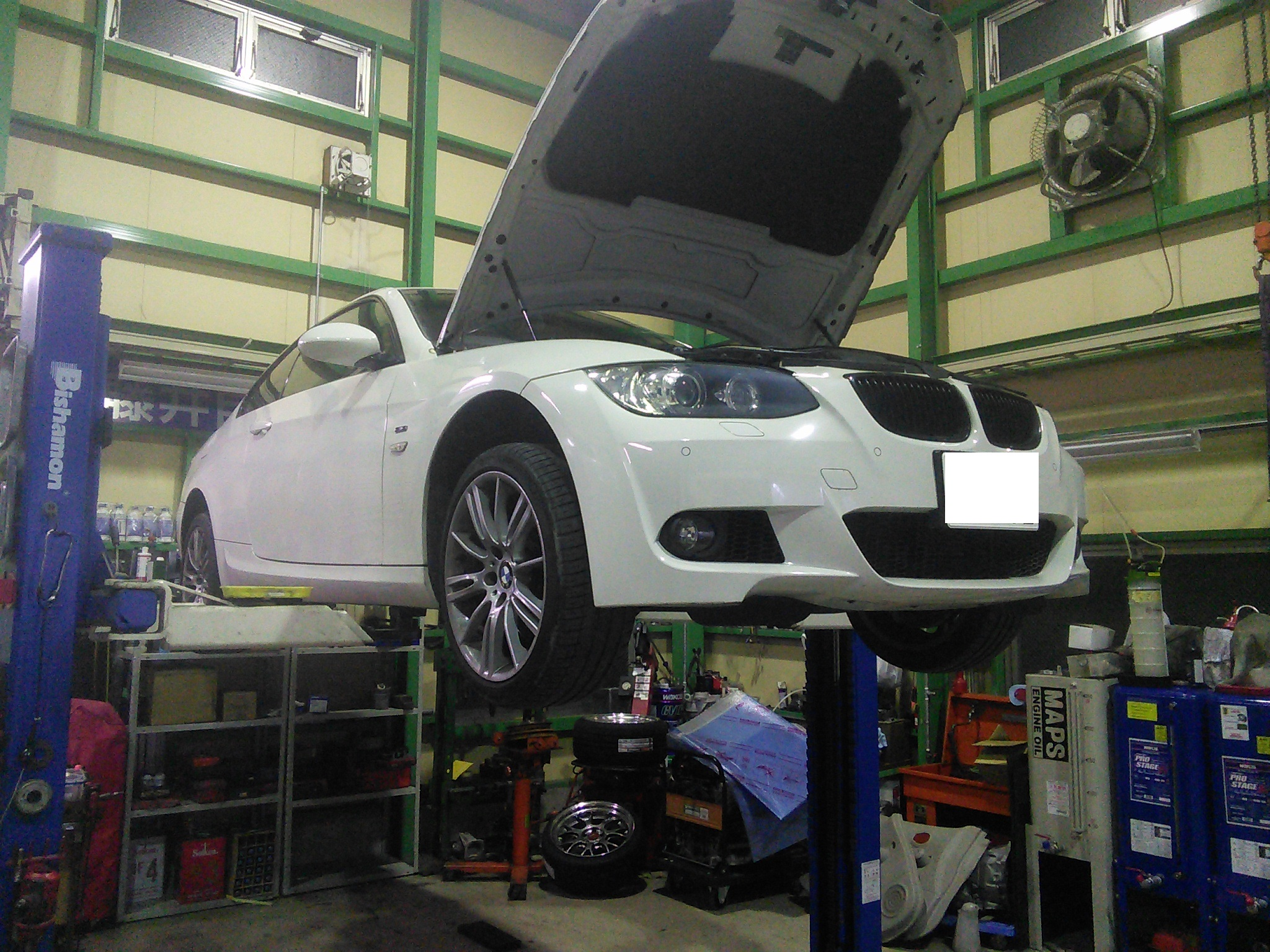 BMW 335 DCTオイル漏れ修理