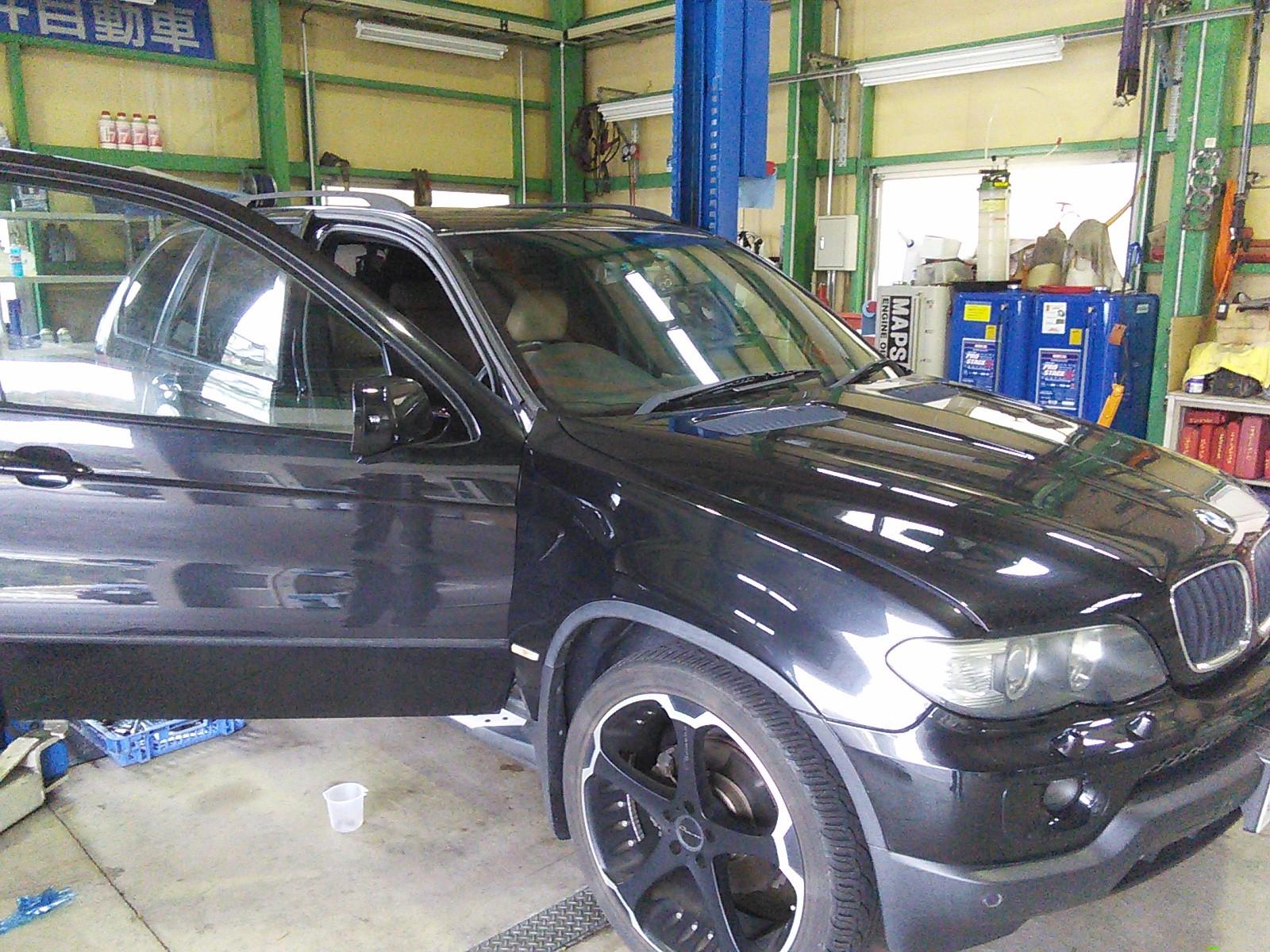 BMW X5 ドアが開かない  豊田市  板金塗装