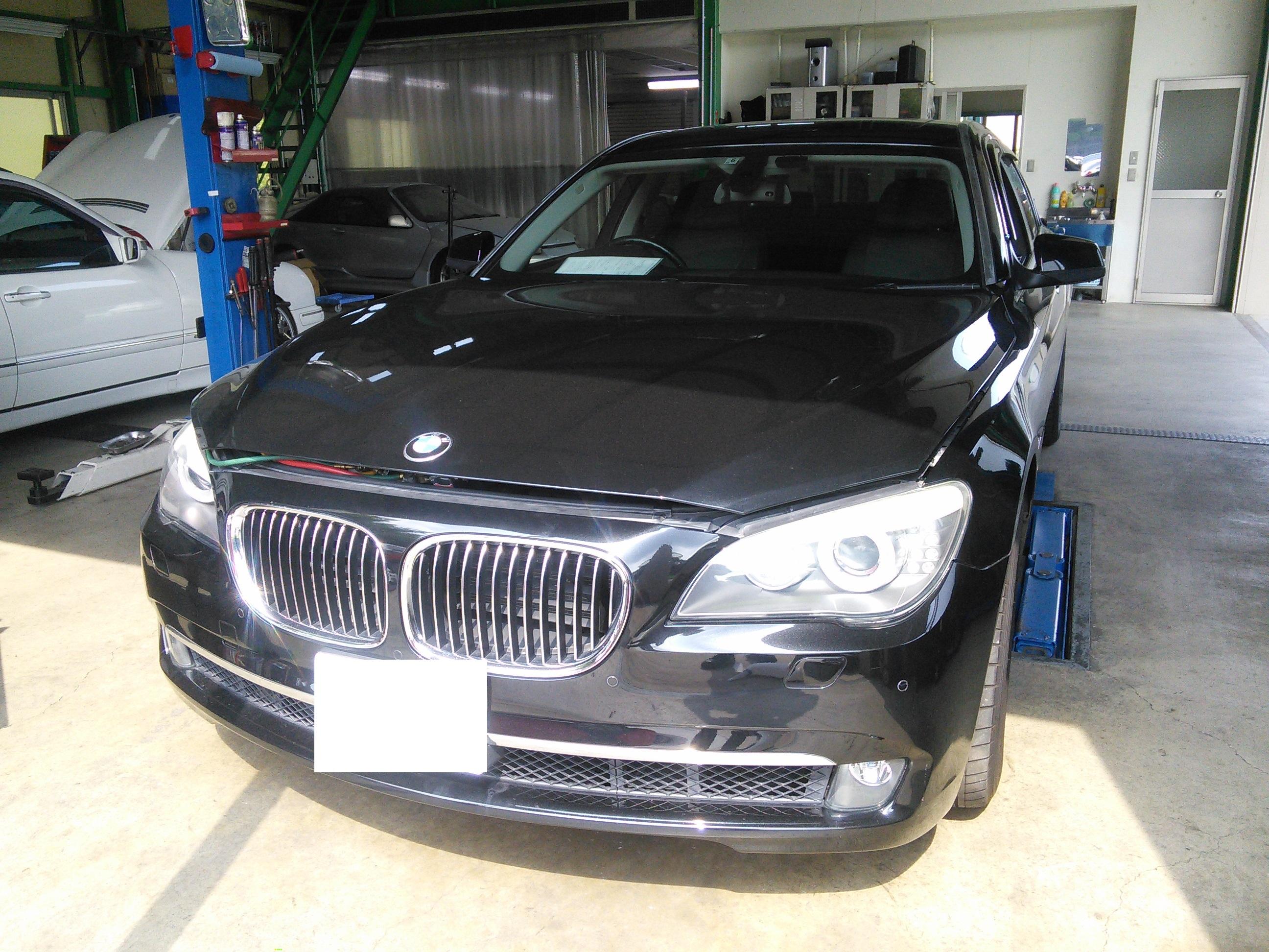 BMW 740 エアコン修理  ガス漏れ コンプレッサーNG 配管洗浄