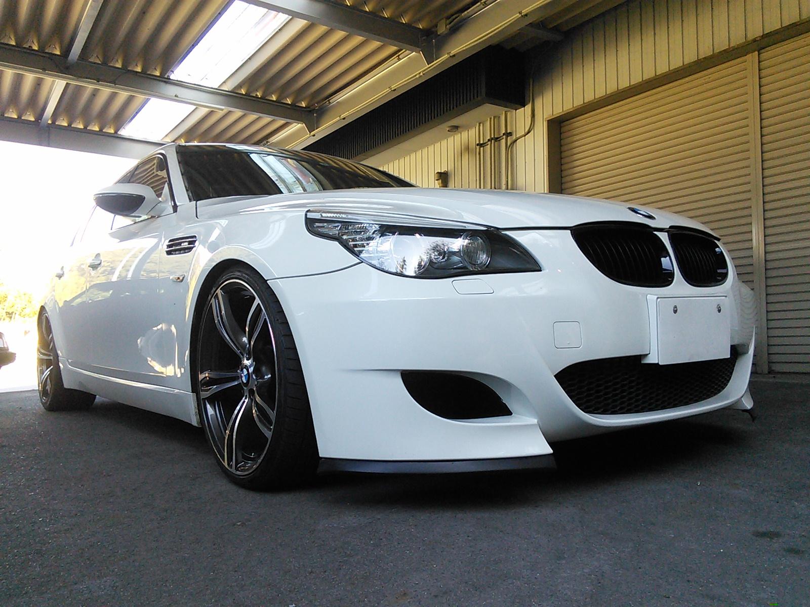 今年も、たくさんの人にお世話になりました。 BMW 5シリーズ ルーフ塗装  豊田市 板金塗装