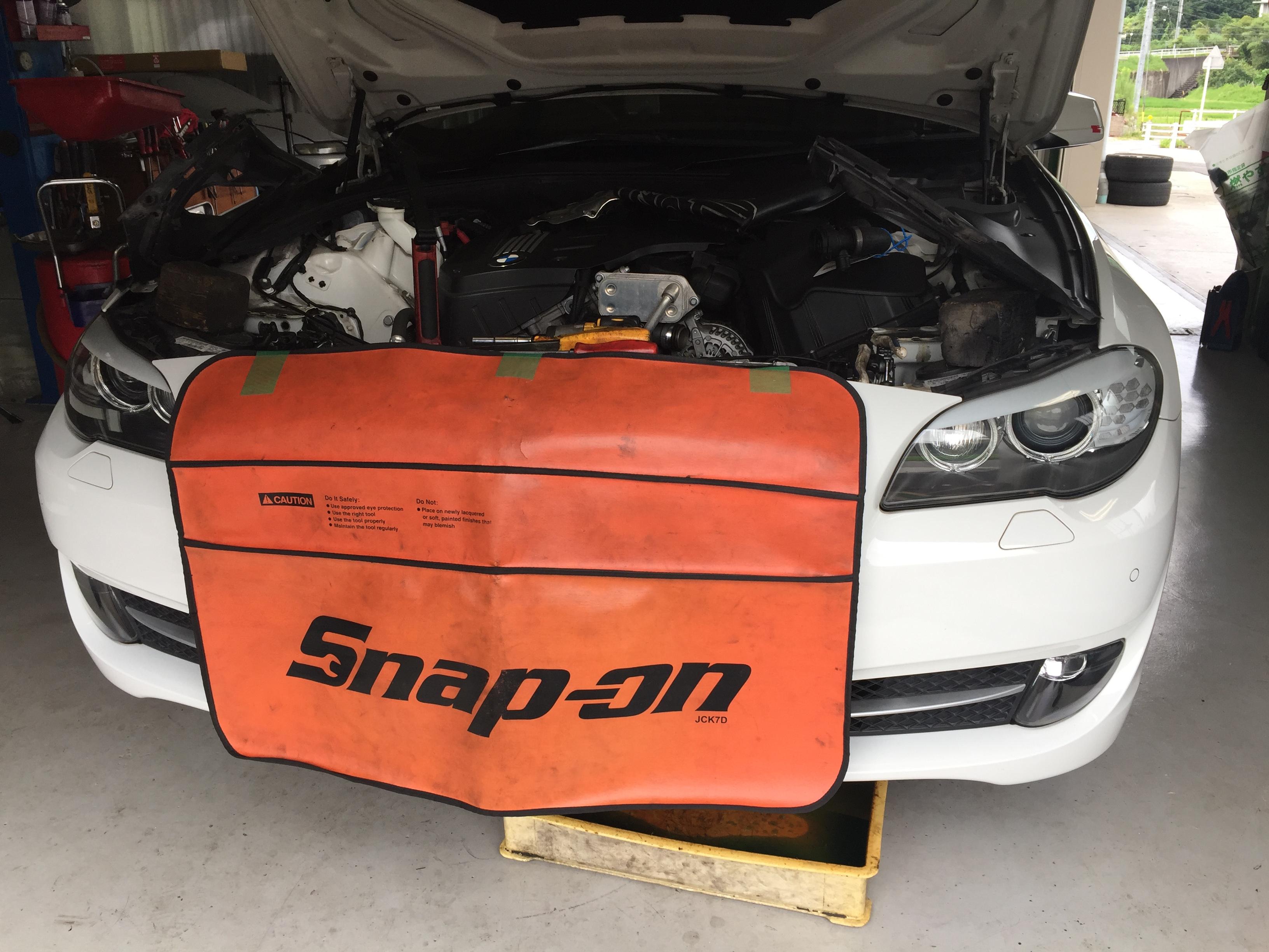 BMW 5シリーズ ラジエーター等交換
