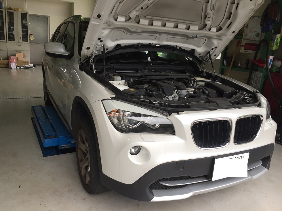 BMW X1 タペットカバーパッキン交換