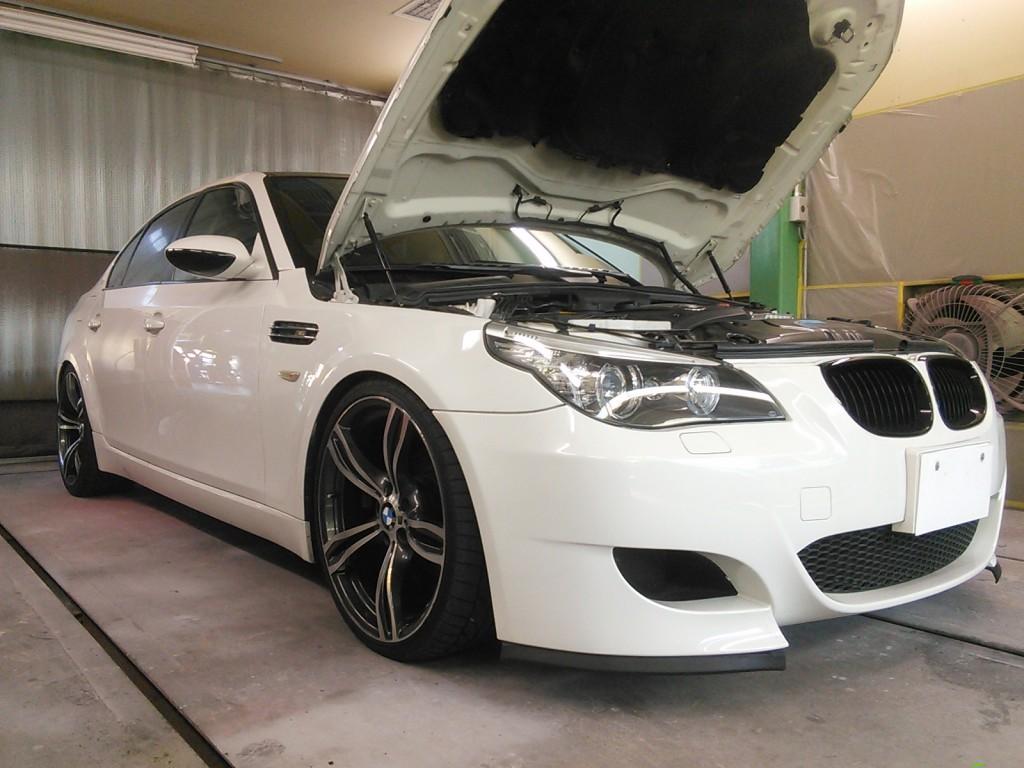 BMW   5シリーズ  この部分の錆、どうやって見つけたのかな?  豊田市  板金塗装
