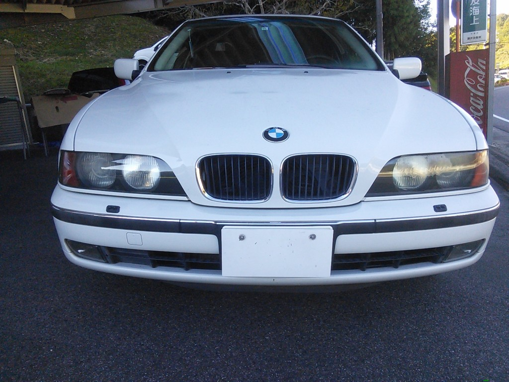 BMW ヘッドライト黄ばみ くすみ修理 いろいろ  豊田市  板金塗装