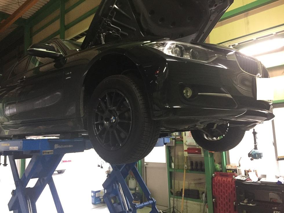 BMW 3シリーズ 水漏れ修理
