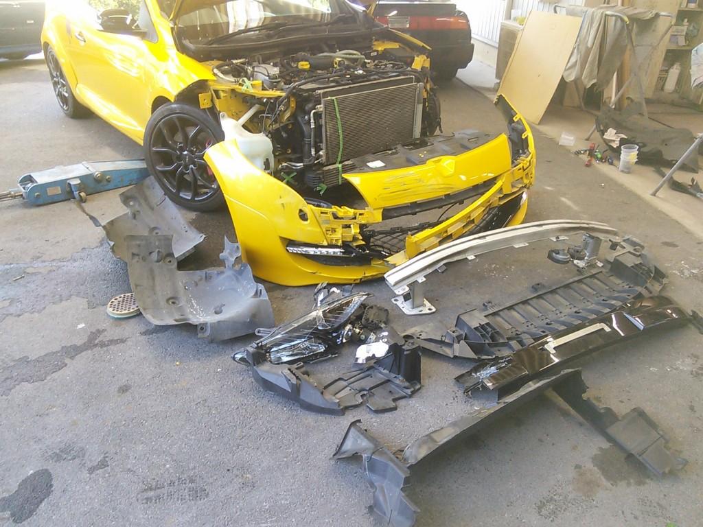 ルノー メガーヌ  BMW Z4 バンパー修理  豊田市  板金塗装