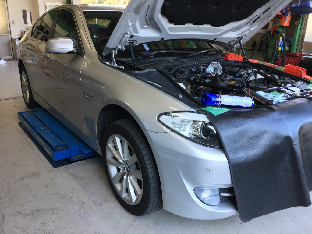 BMW 5シリーズ オイル漏れ修理
