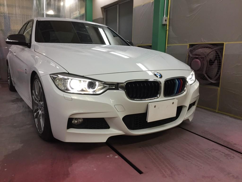 BMW 320d フロントスポイラー取り付け   豊田市  板金塗装