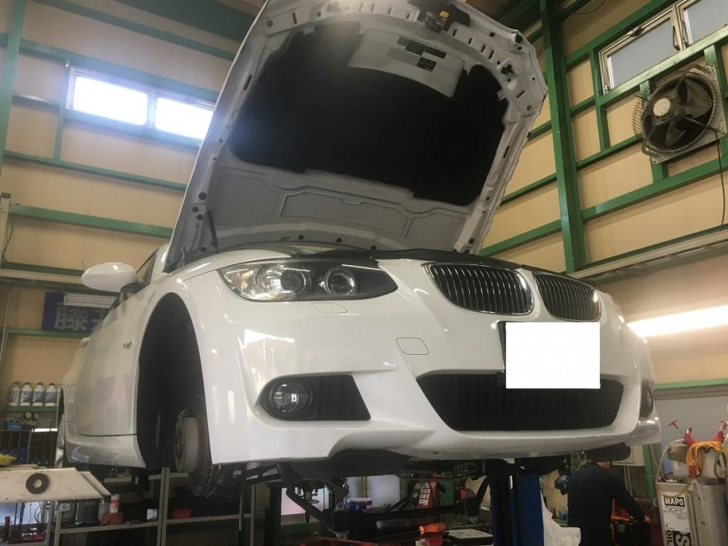 BMW E92 320i オイルパンガスケット交換